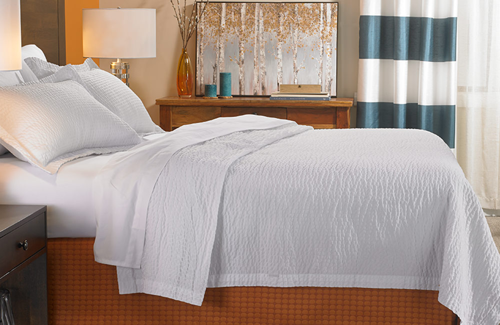 Bed Amp Bedding Set Fairfield Hotel Store